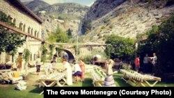 Hostel The Grove Montenegro ljeti ugošćava turiste iz cijelog svijeta, uglavnom mlađe generacije