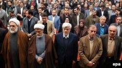 دیدار گروهی از اصلاحطلبان ایران، ۲۵ دیماه ۹۴