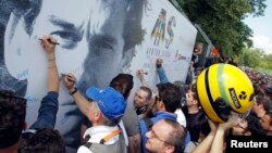 Memorijal za Ayrtona Sennu u Imoli, 1. maj 2014.