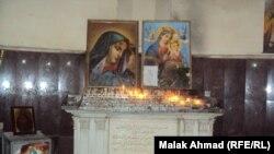 في كنيسة السيدة العذراء
