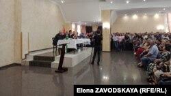 Съезд избирателей Олега Аршба и Олега Барциц при участии экс-президента Александра Анкваб