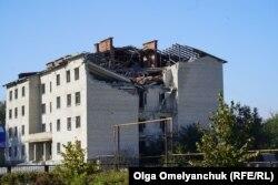 У селищі Лебедівка не чекають на розведення у сусідньому Бердянському і згадують, як у 2015-му в місцеву школу поцілив снаряд угруповання «ДНР»