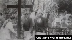 На открытии памятника жертвам репрессий. 1987 год. Делегация Эстонской ССР