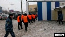 У ворот тюрьмы в России. Иллюстративное фото.