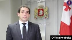 82 против 15 – так распределились голоса депутатов при утверждении кандидатуры главного прокурора страны Ираклия Шотадзе в парламенте Грузии