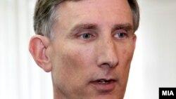 Амбасадор на САД во Република Македонија Пол Волерс