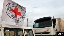 Колонна автомобилей Международного комитета Красного Креста в Ливии. Иллюстративное фото.