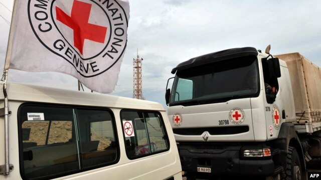 "A spokeswoman for the Red Cross says her organization would only be involved in aid deliveries into eastern Ukraine if they were carried out ""according to our own principles."" (file photo)"