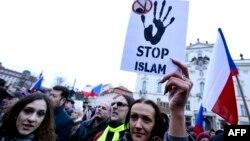 Praqada anti-İslam aksiyası