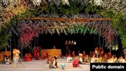 Türkmenistanyň teatrlarynyň birinde prezident G.Berdimuhamedowyň kitabyndan bir bölek sahnalaşdyrylýar.