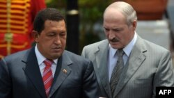 Venezuelan President Hugo Chavez (left) and Belarusian President Alyaksandr Lukashenka agreed on the shipments in March.