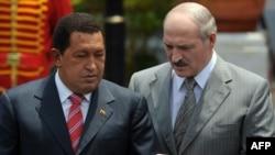 Venezuelan President Hugo Chavez (left) and Belarusian President Alyaksandr Lukashenka agreed on the shipments in March.