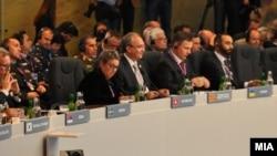 Министерот за одбрана Зоран Јолевски присуствуваше на состанокот на министри за одбрана на НАТО самитот во Велс. 04. 09. 2014.