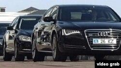 Служебные автомобили казахстанских чиновников. Иллюстративное фото.