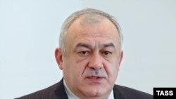 Таймураз Мамсуров склонен разделять точку зрения Юрия Савельева и при этом не боится потерять власть