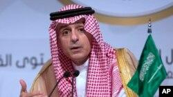 عادل الجبیر گفته است قطع فروش سلاح به عربستان تنها به نفع ایران است.
