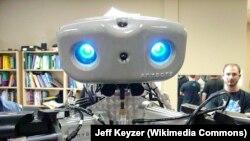 Anybot – робот, позволяющий присутствовать в офисе или на занятиях удаленно