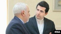 Իրանի ԱԳ նախարար Մոհամադ Ջավադ Զարիֆ և ԱԳՆ խոսնակ Աբաս Մուսավի, ապրիլ, 2019թ․