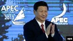 Председатель КНР Си Цзиньпин на саммите АТЭС в Индонезии в 2013 году