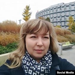 Олена Малахова