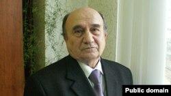 Шагыйрь Илдус Гыйләҗев (1946-2018)