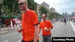 Голландия құрамасы жарысты аяқтаса да, жанкүйерлері Киевте жүр. 22 маусым 2012 жыл
