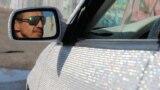 Ювелирная работа: севастополец украсил кабриолет сотнями тысяч кристаллов Сваровски (видео)