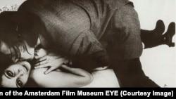 Кадр из фильма Spectator режиссера Франса Звартьеса