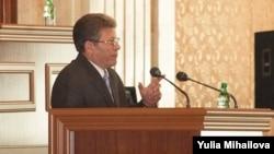 Speakerul Mihai Ghimpu