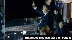 Виктор Орбан Дүйнөлүк көчмөндөр оюндарынын ачылышында. 2-сентябрь, Ысык-Көл.