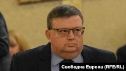 Бившият главен прокурор Сотир Цацаров в момента оглавява антикорупционната комисия (КПКОНПИ)