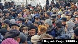 Alegători la Coșnița, 24 februarie 2019