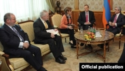 Armenia - President Serzh Sarkisian (R) meets with the U.S., French and Russian co-chairs of the OSCE Minsk Group in Yervan, 2Mar2012.