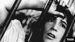 Soviet actress Tatyana Samoilova as Veronica in the film The Cranes Are Flying.
