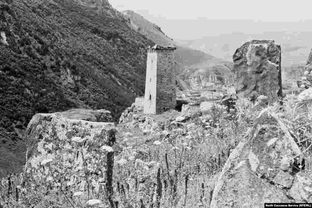 Сторожевая башня в селе Хой, Чеберлоевский район