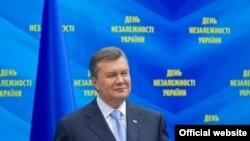 Віктор Янукович під час урочистих заходів до Дня Незалежності 24 серпня 2013 року, фото з сайту президента (president.gov.ua)