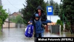 Mjesta u okolini Sarajeva u potpunosti su poplavljena