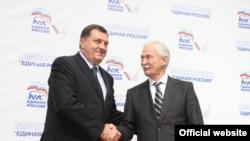 Predsjednik SNSD-a Milorad Dodik i Boris Gryzlov, predsjednik Vrhovnog savjeta Ujedinjene Rusije nakon potpisivanja sporazuma o stranačkoj saradnji, septembar 2011.