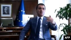 турскиот министер за ЕУ Јомер Челик