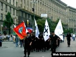 """Марш """"УНА"""" в поддержку Виктора Ющенко в Киеве, 26 июня 2004 года"""