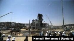 14-сентябрда чабуулга кабылган Саудиянын «Хураис» мунай заводу. 20-сентябрь, 2019-жыл.