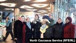 Власти Чечни вернули из Ирака годовалую девочку