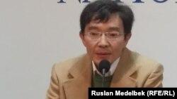 Ғалым Ағелеуов, азаматтық белсенді. Алматы, 6 қазан 2014 жыл.