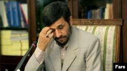 محمود احمدینژاد در جلسه هیات دولت