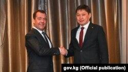 Дмитрий Медведев жана Сапар Исаков. Алматы шаары. 2-февраль, 2018-ЖЫЛ.