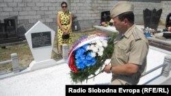Aleksandar Mališev položio venac na spomenik crvenoarmejcima u Trbušanima, foto V Nikitović