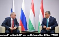 Зустріч президента Росії Володимира Путіна з прем'єр-міністром Угорщини Віктором Орбаном у серпні 2017-го