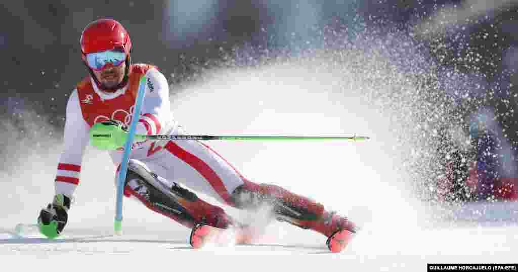 Гірські лижі: виступ Марселя Гіршера з Австрії під час чоловічих комбінованих змагань. Він виборов золото