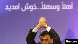 Махмуд Ахмадинежад Бейрутта Хезболла кыймылынын тарапкерлери алдында сөз сүйлөдү, 13-октябрь 2010-жыл