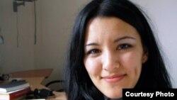 Өзбекстаннан келген тәуелсіз журналист Гуласал Камолова.